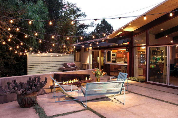 Midcentury patio Beautifully Designed with Light Strings