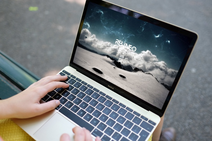 macbook display mockup psd