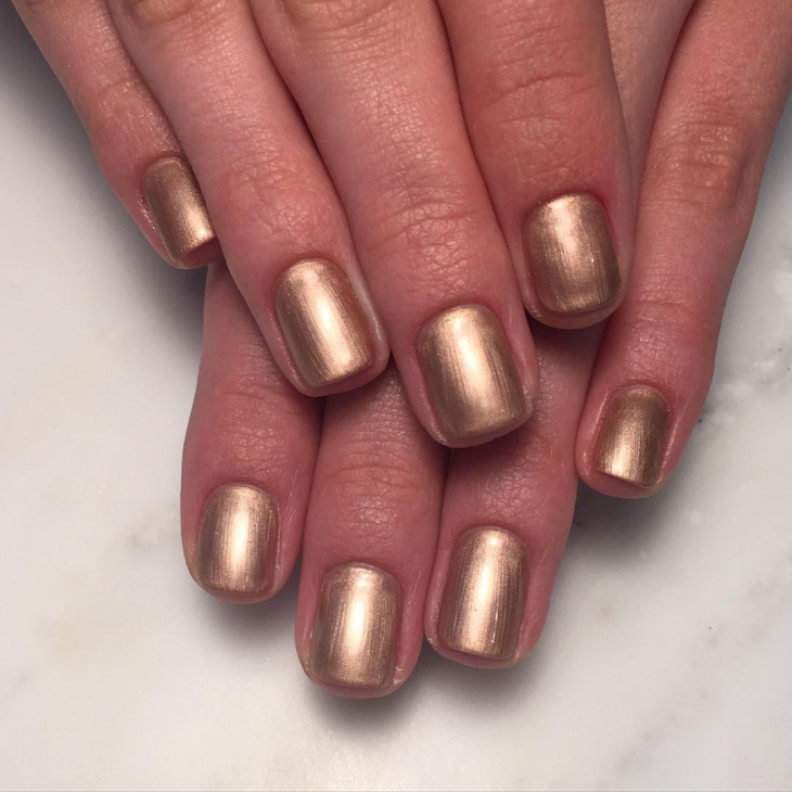 Gold Metallic Nail Ideas
