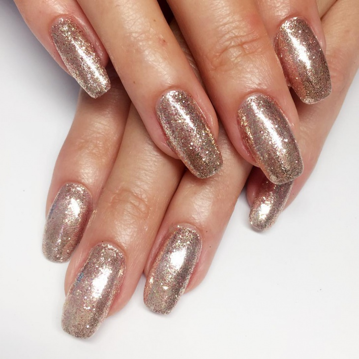 Metallic Glitter Nail Art