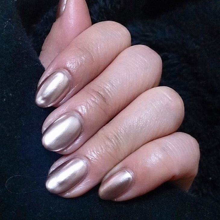 Shiny Metallic Nail Art