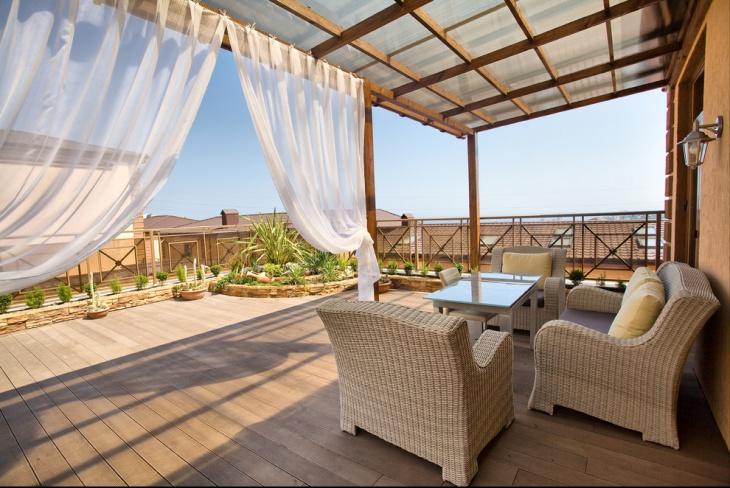 mediterranean deck brings elegant look