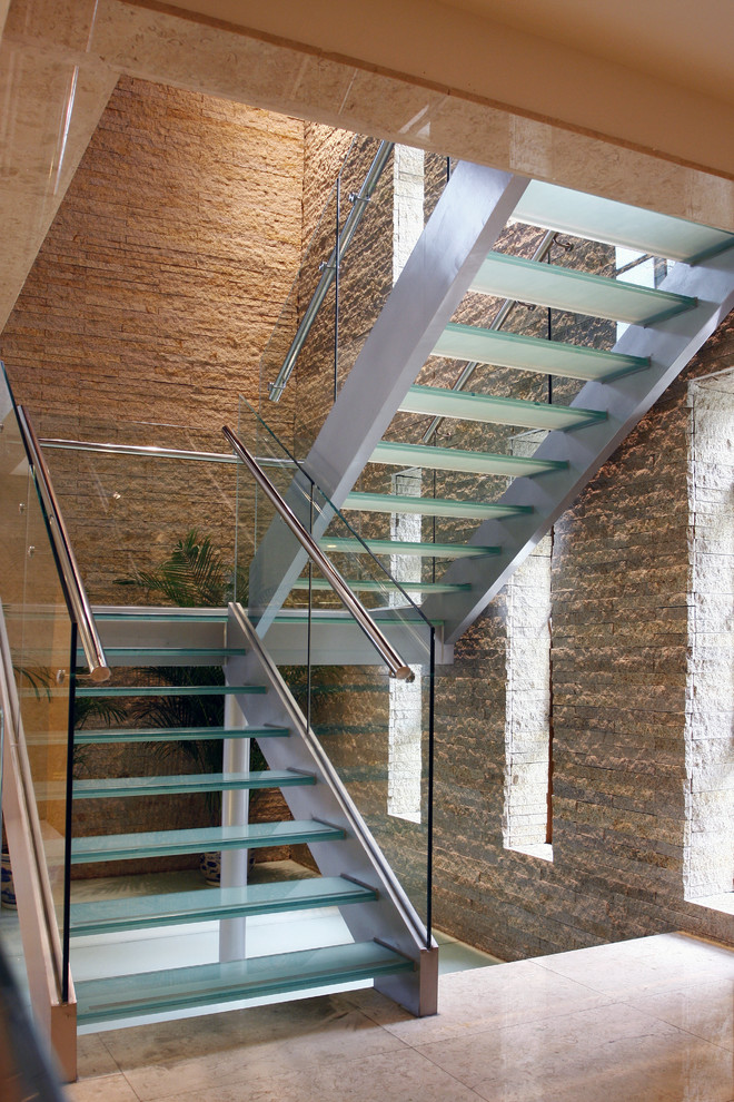 Stainless Steel Staircase Design with Glass Treads