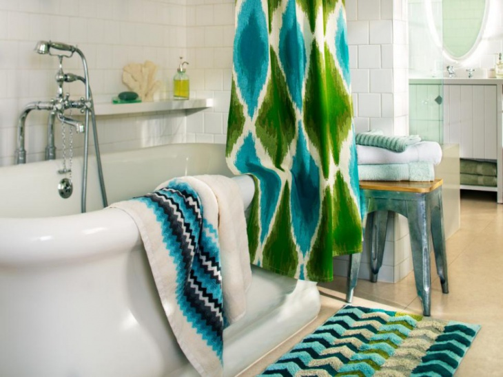 bathrom towel with fun colors and patterns