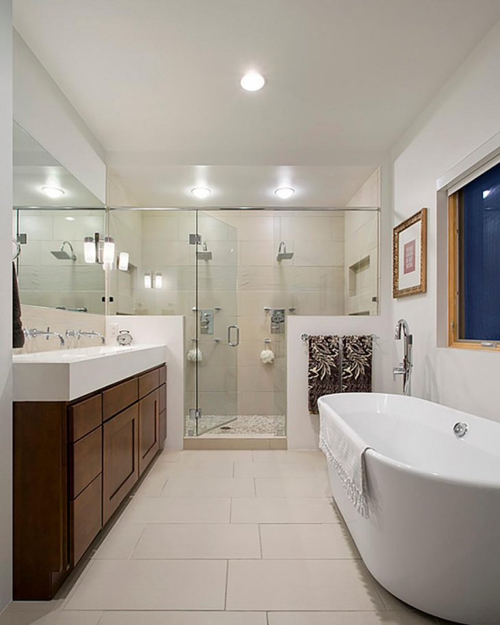 22 classic bathroom designs ideas plans design trends for Large master bathroom