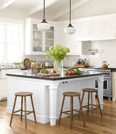 Mismatched Kitchen Cabinets: The Beauty Of Mismatch In Kitchens
