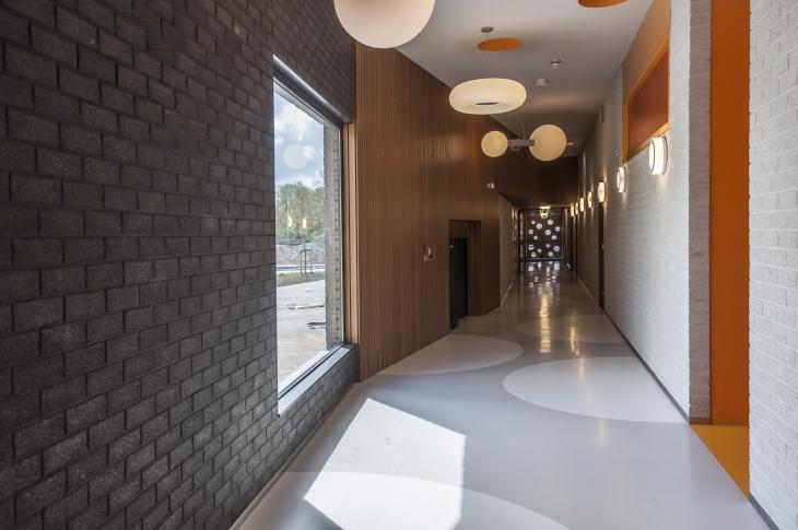 6 interior corridor