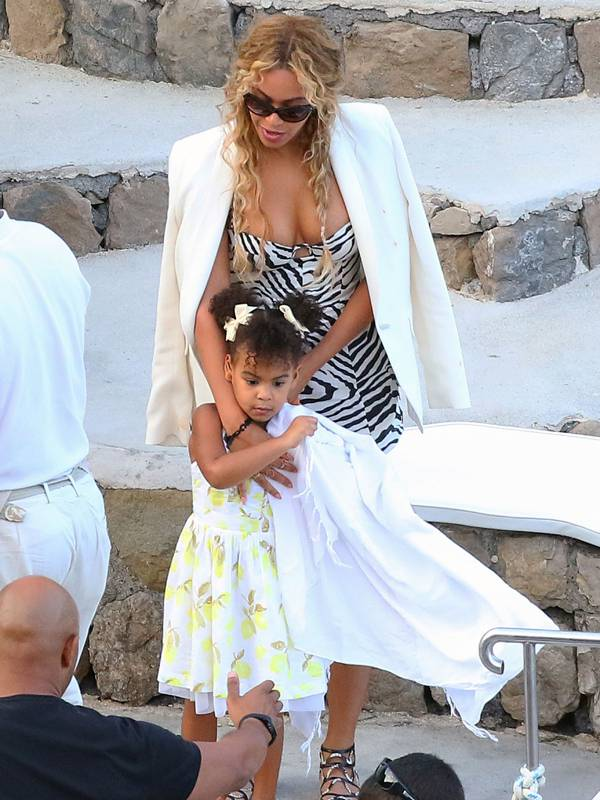 beyonce with daughter