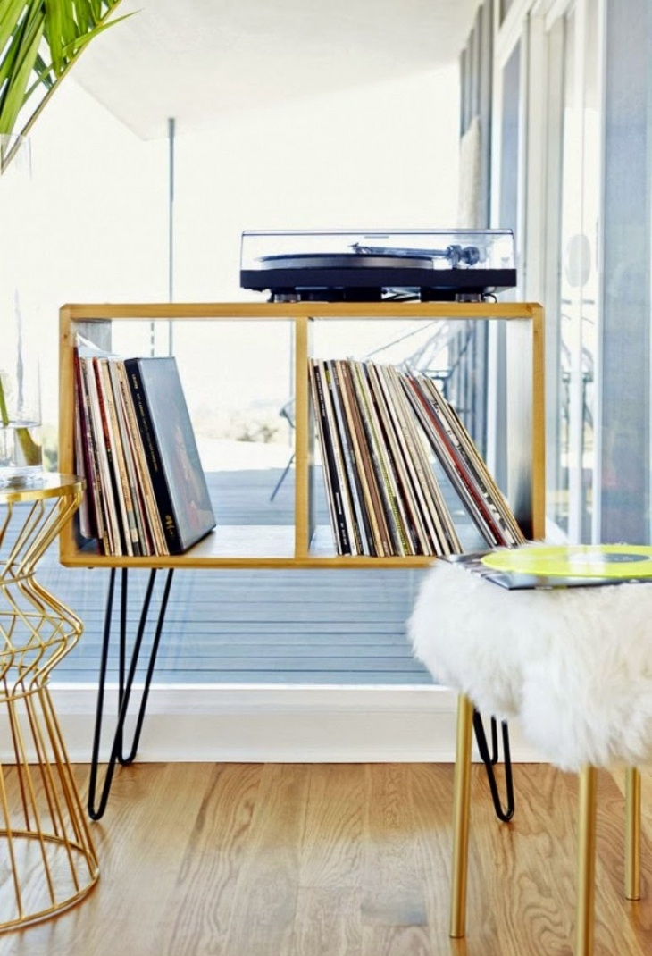 milk crates table with hairpin legs1