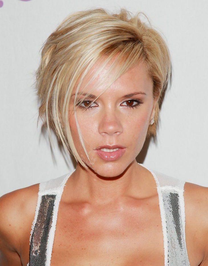 Victoria Beckham Edgy Hair with Side Bangs