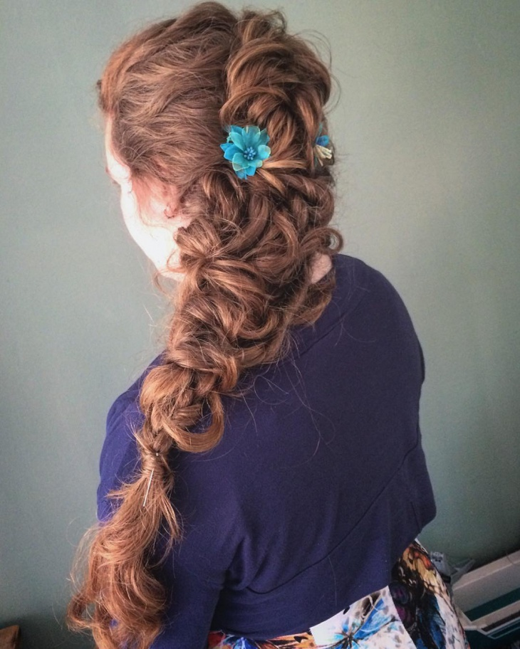 bohemian long bride hairstyle