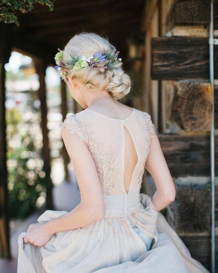 side bun princess hairstyle
