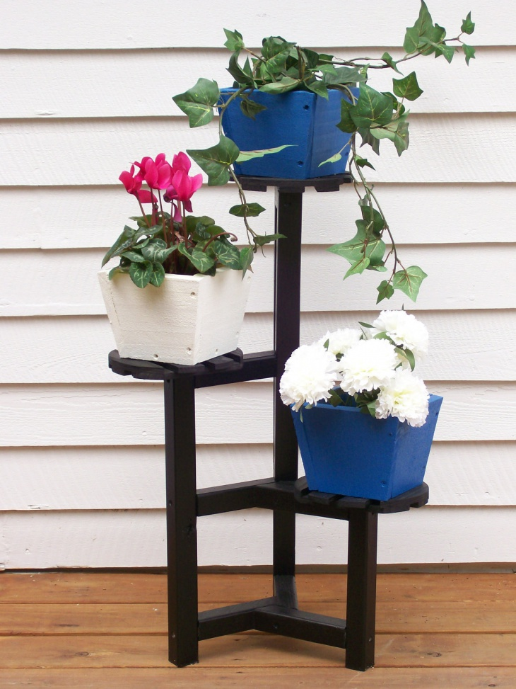 Using Old Furniture as Flower Pot Stand