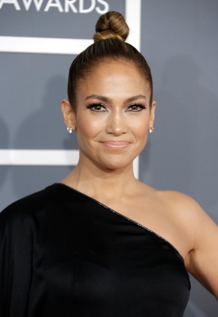 Jennifer Lopez twirled top knot