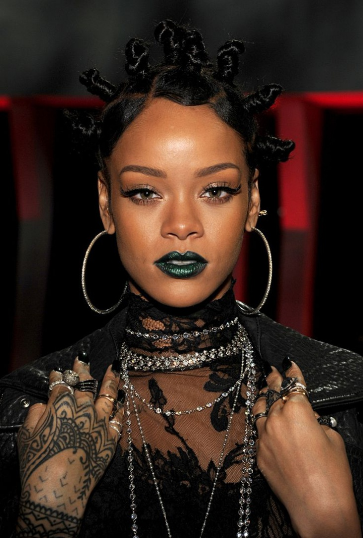 Rihanna Multi Knots Hairdo