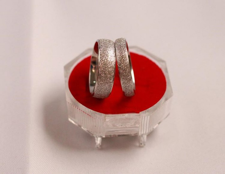 Silver Shiny Titanium Wedding Ring