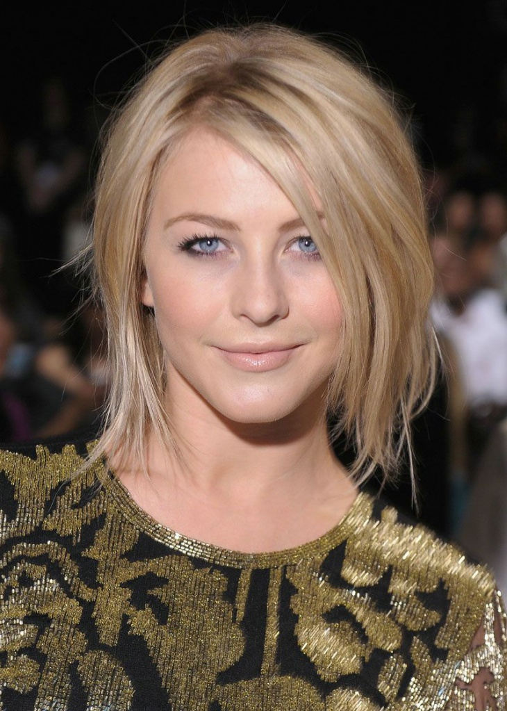 Jullianne Hough short Choppy Bob Haircut