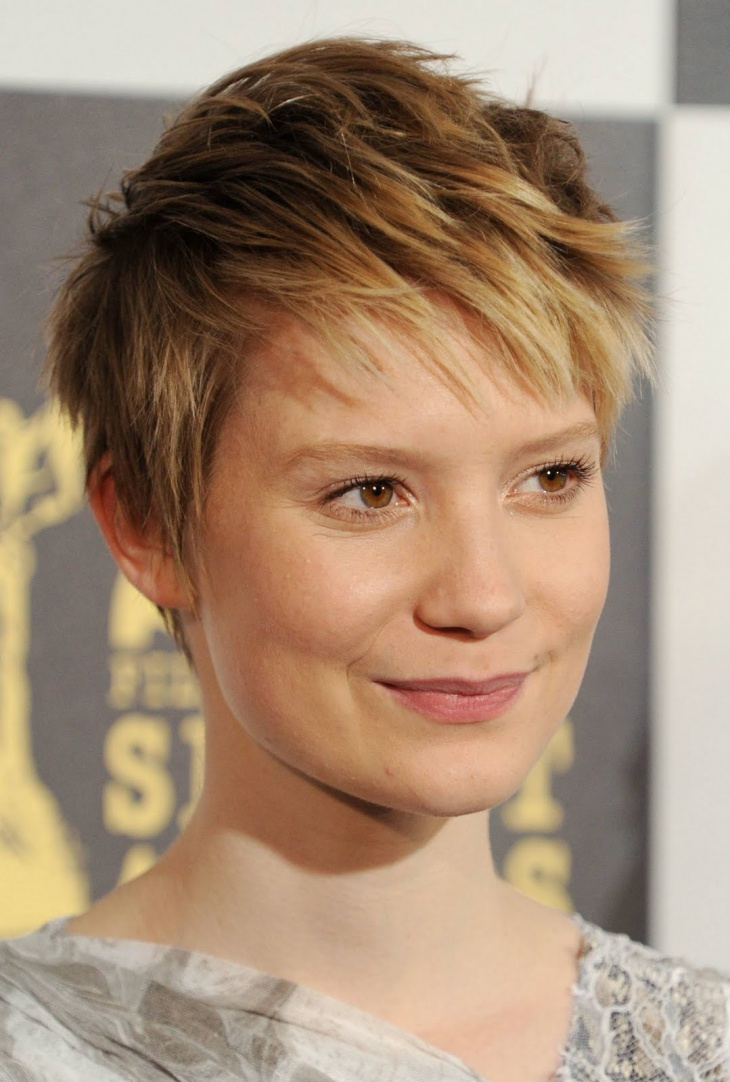 Mia Wasikowska Short Choppy Bob Hairstyle
