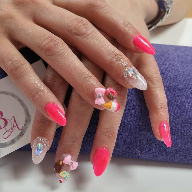 Pretty Summer Nail Art Design