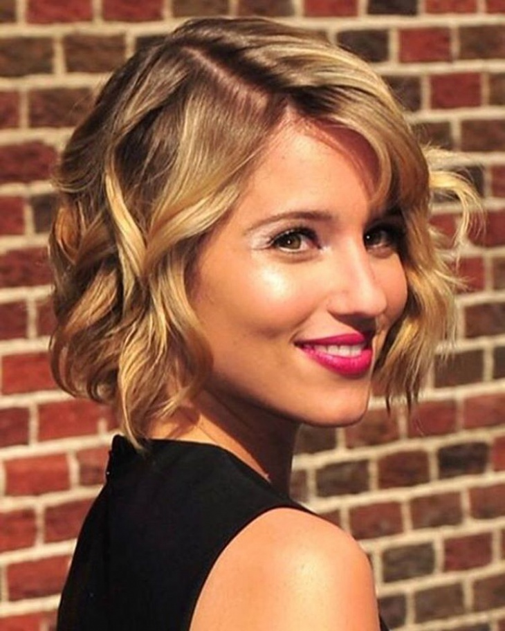 messy chopped bob haircut