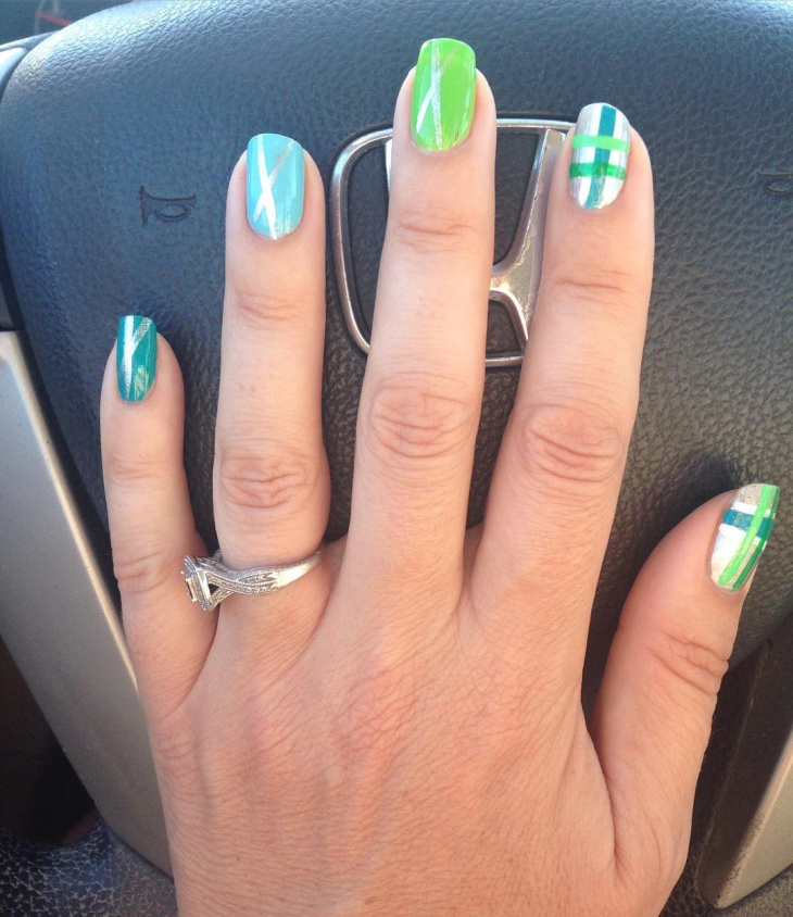 green checkered nail art idea