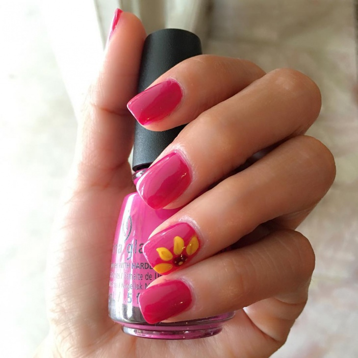 Lovely Pink Color Polished Nails