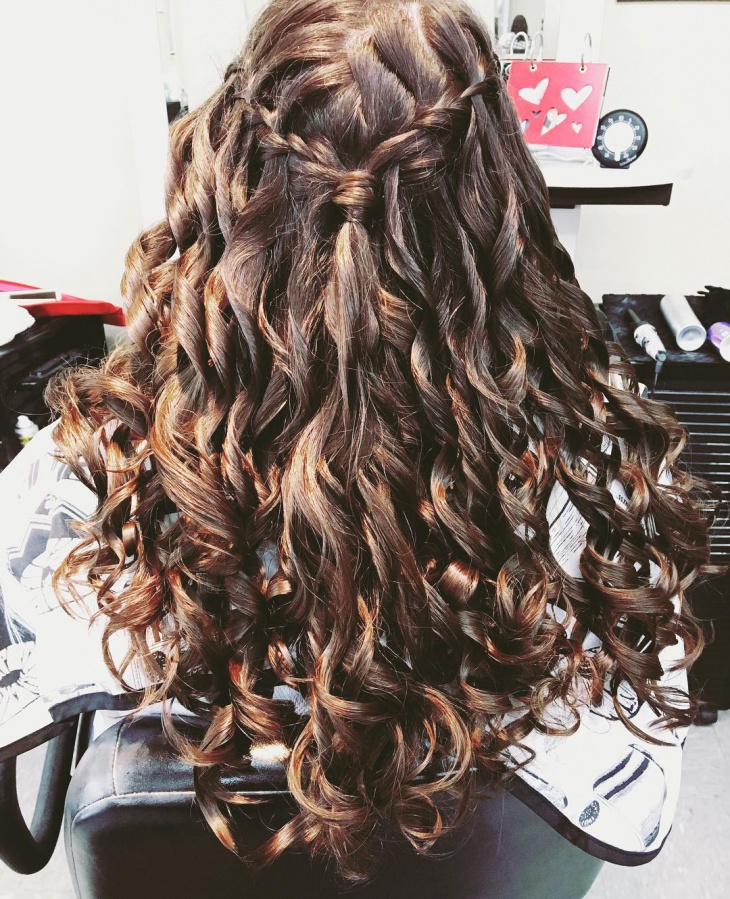 waterfall hairdo for curly hair