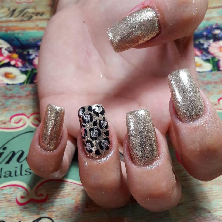 Leopard Print Glitter Nails