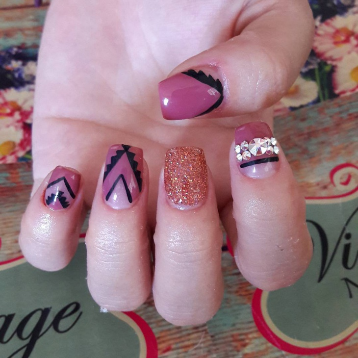Easy Pink Vintage Nail Design