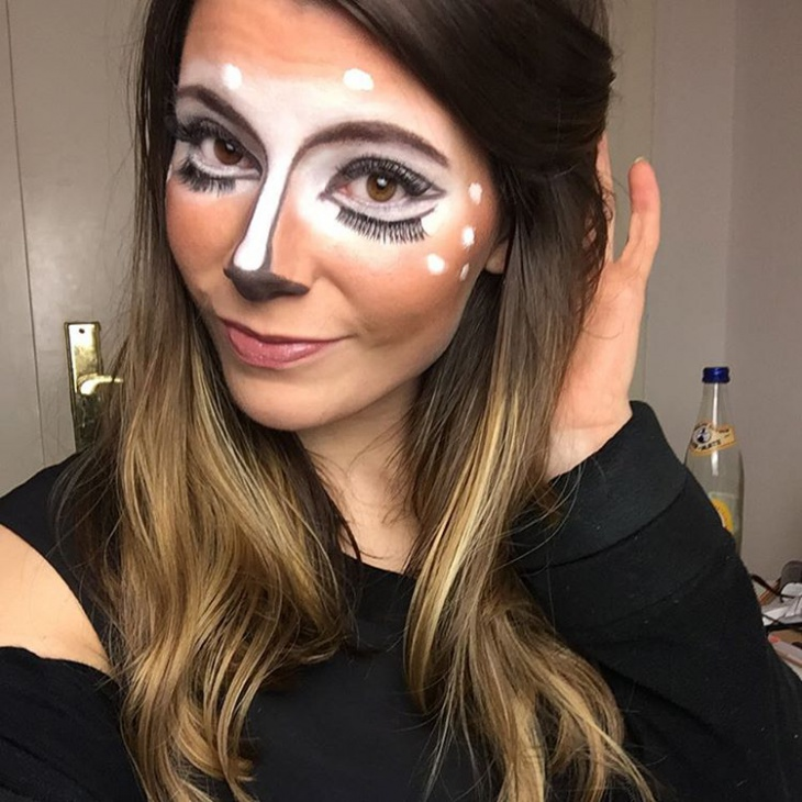 animal deer eye makeup
