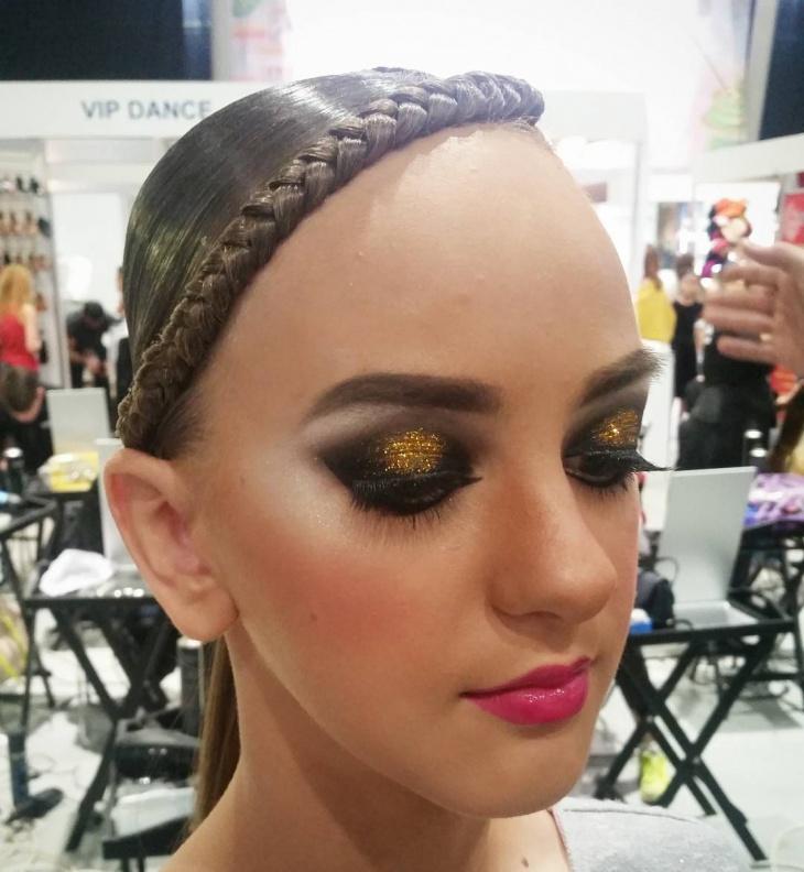 Gold Glitter Eye Makeup for Dance