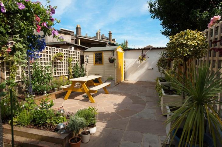 Roof Top Garden Decor Idea