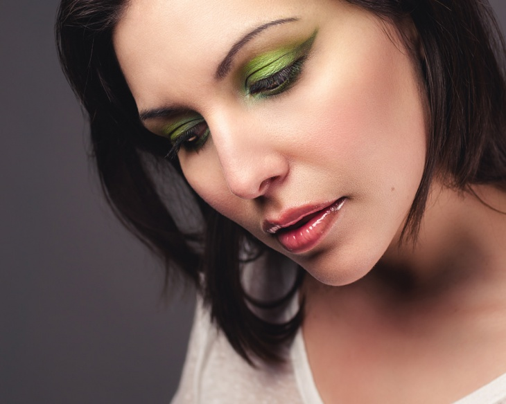 cool green eye makeup