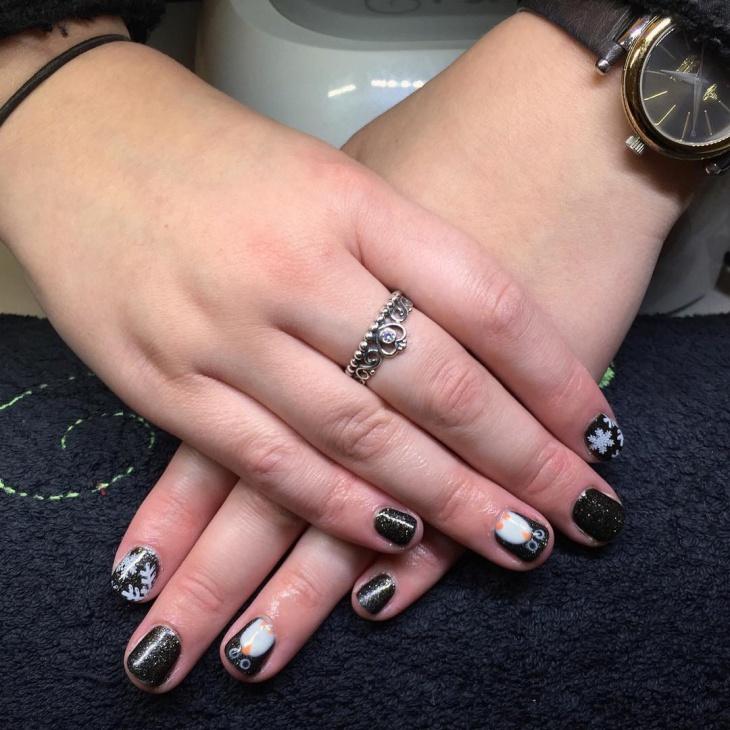 Penguin Nail Art for Fair Skin