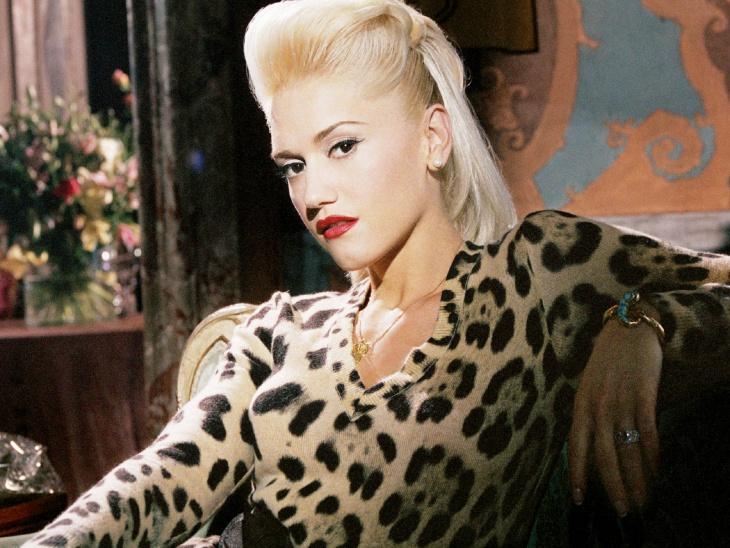 Gwen Stefani Retro Chola Makeover