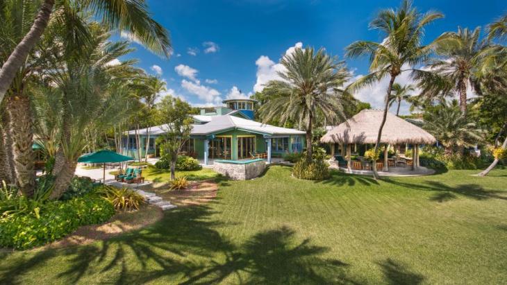 Tropical Estate Garden