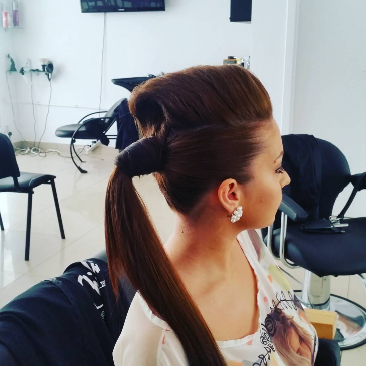 funky side ponytail for long hair