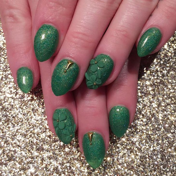 Green Glitter Clove Nail Art