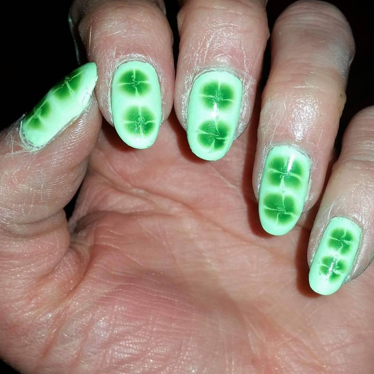 awesome shamrock nail art
