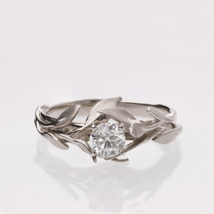 antique leaf platinum ring