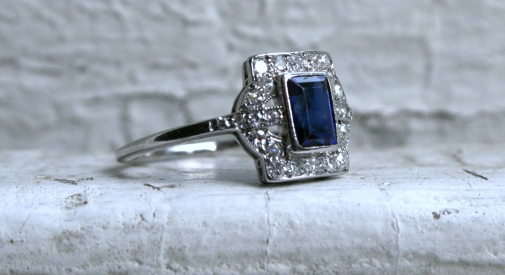 vintage platinum ring design