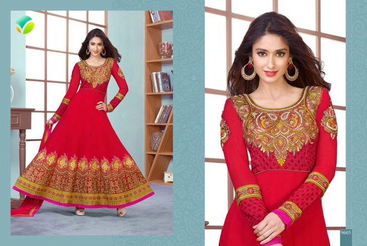 red churidar with simple round neck