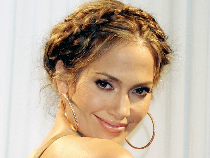 jennifer lopez short hair updo