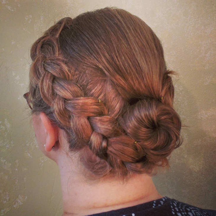 retro short hair updo