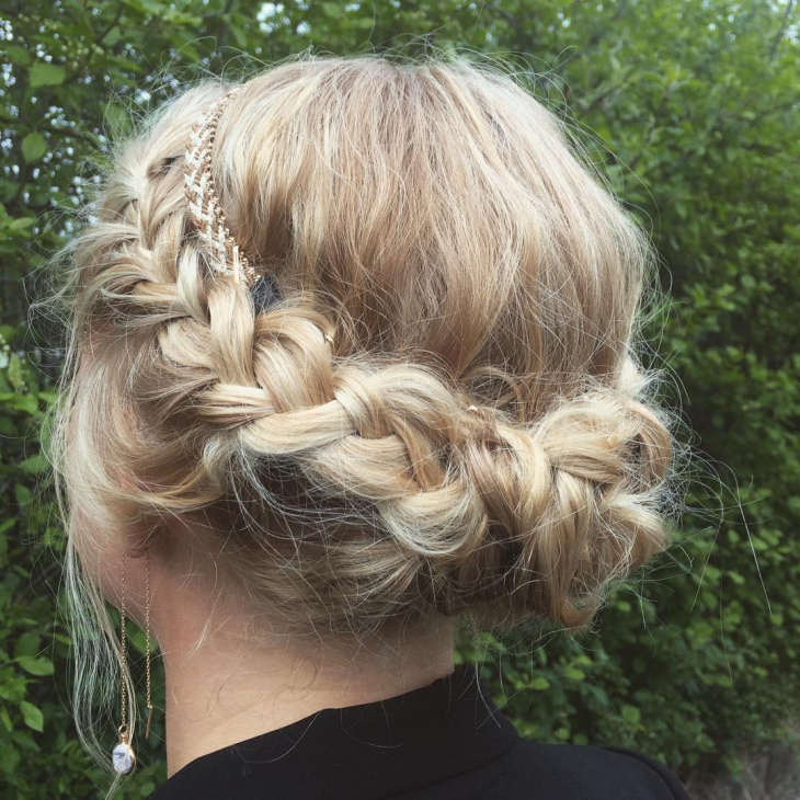 short bridal hair updo