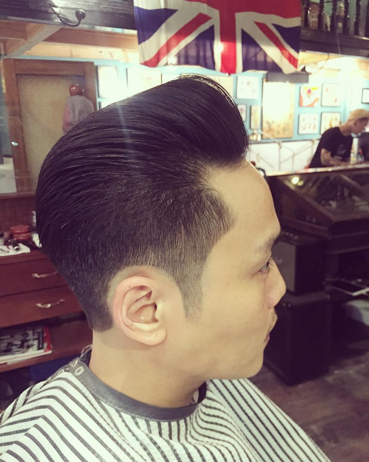 modern quiff hairstyle for men