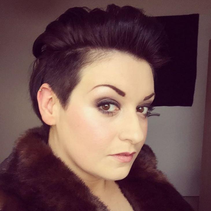 Vintage Women Quiff Hairstyle
