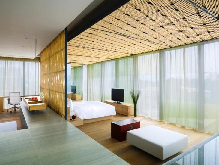 spacious penthouse bedroom idea