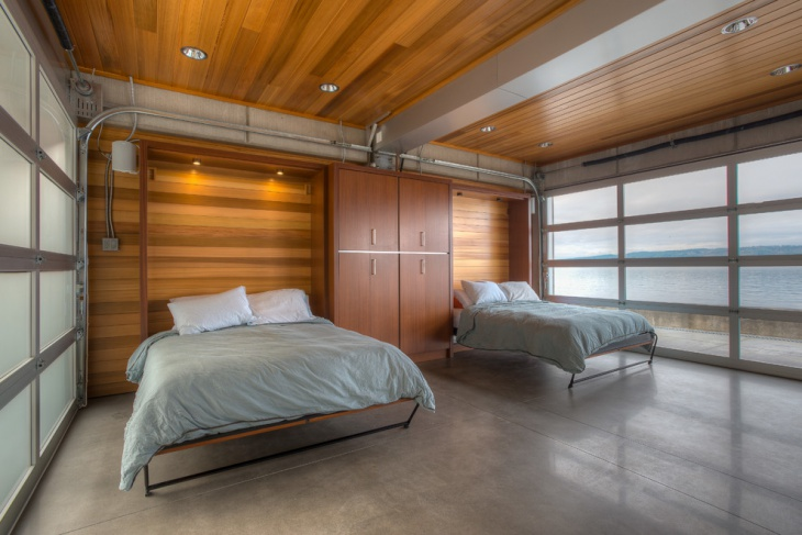 Awesome Bedroom with Wooden Ceiling