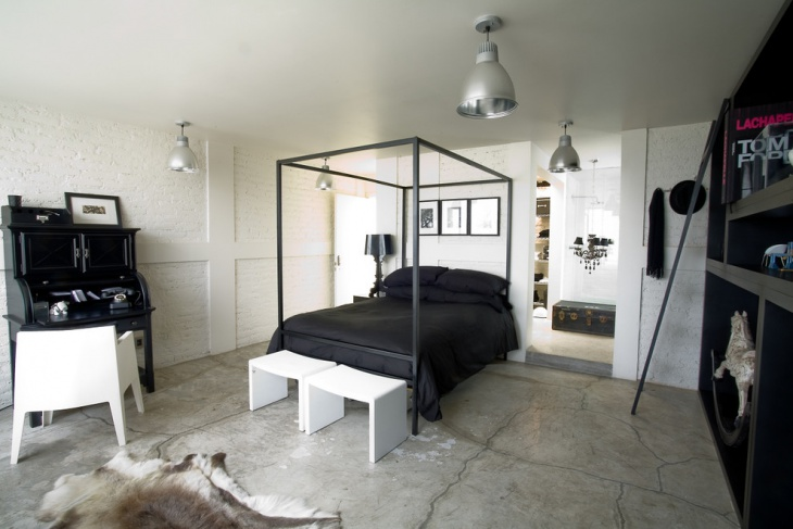 Black and White Vintage Look Bedroom
